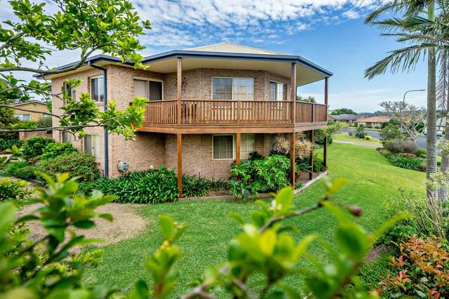 19 Carrabeen Drive, Old Bar NSW 2430