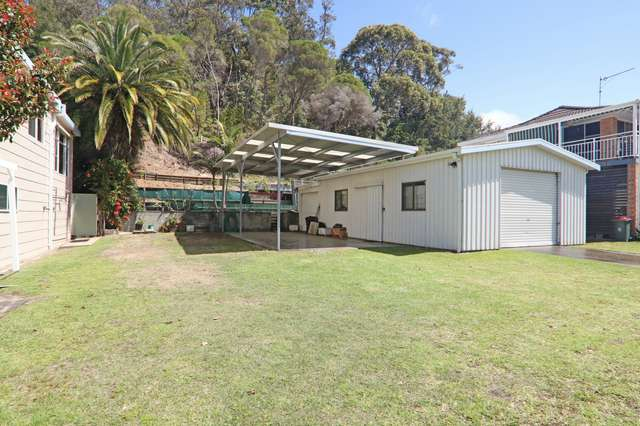 12 Alamein Road, Sussex Inlet NSW 2540