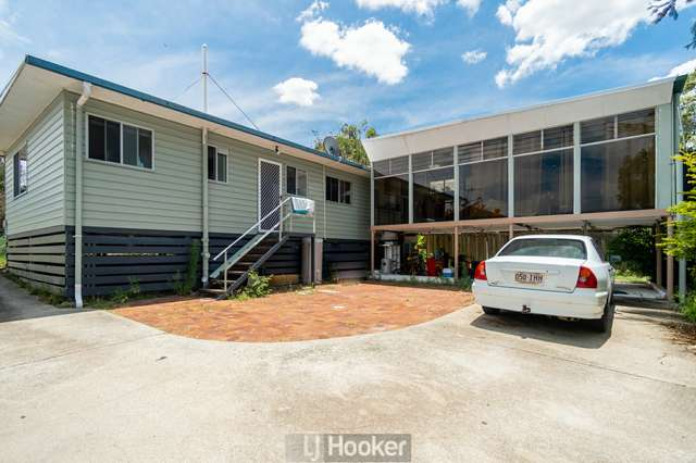 93 Conifer Street, Hillcrest QLD 4118