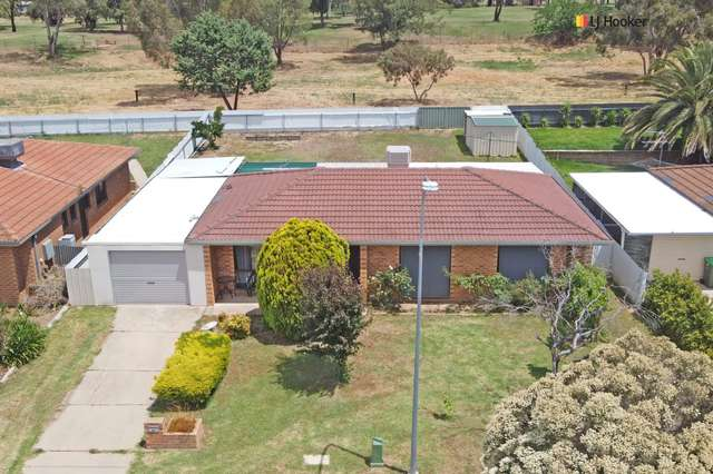 28 Wiradjuri Crescent, Wagga Wagga NSW 2650