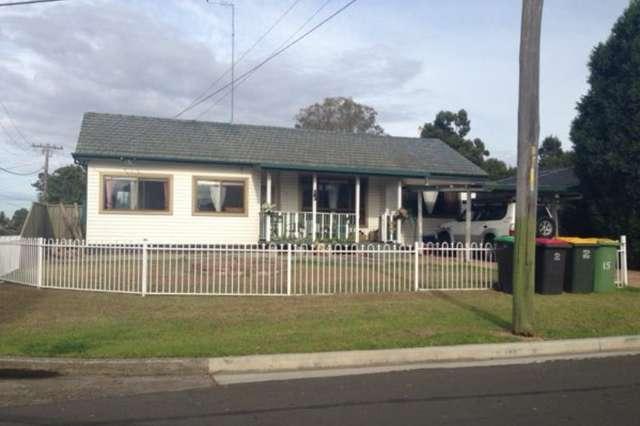 15 Dan Crescent, St Marys NSW 2760