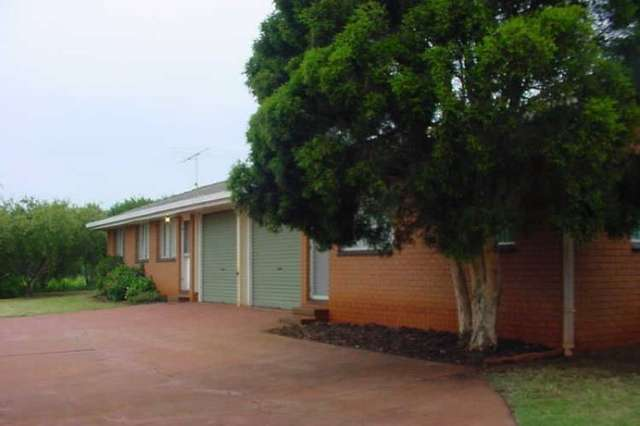 1/28 Priest Street, Rockville QLD 4350