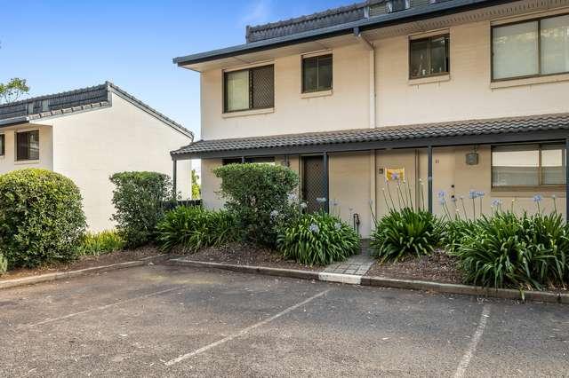 9/2 Benjamin Street, Mount Lofty QLD 4350