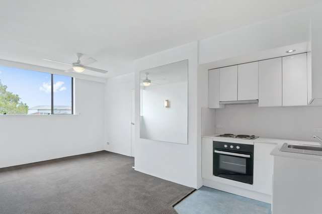 601/284 Pacific hwy, Greenwich NSW 2065