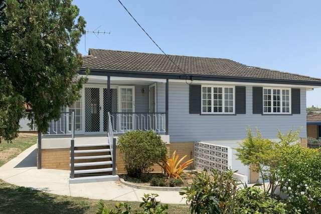 11 Mirang Street, Mansfield QLD 4122