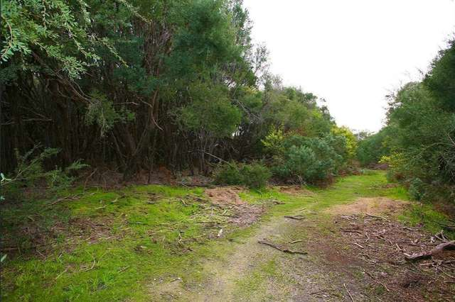 6 Albatross Court, Cannons Creek VIC 3977