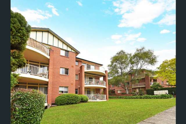 Unit 4/2 Bellbrook Avenue, Hornsby NSW 2077
