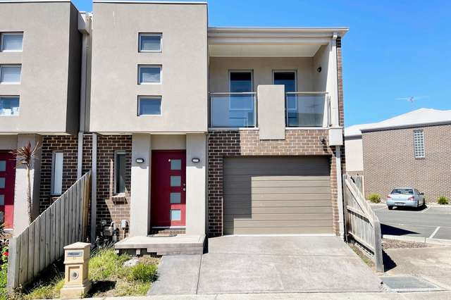 11 Leopold Lane, Point Cook VIC 3030