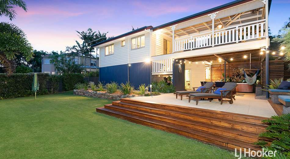 6 Zorina Court, Eatons Hill QLD 4037