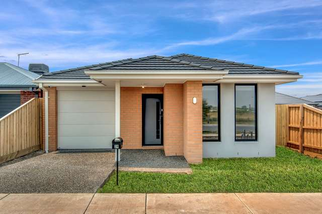 39 Budawang Way, Wollert VIC 3750