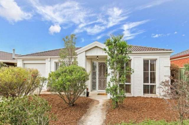 27 Dalkeith Drive, Point Cook VIC 3030