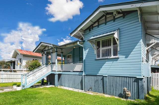 49 Archibald Street, Fairfield QLD 4103