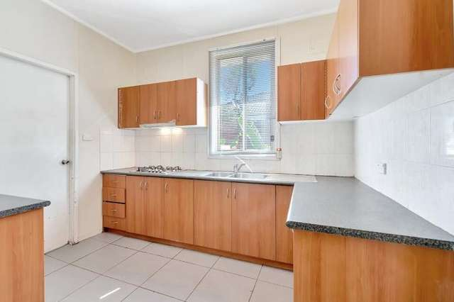 13 Rees Street, Mays Hill NSW 2145
