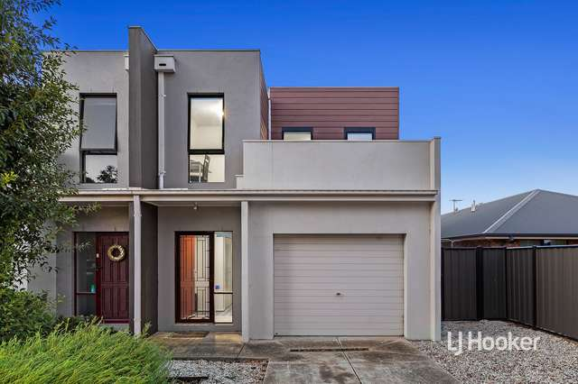 33/39 Astley Crescent, Point Cook VIC 3030
