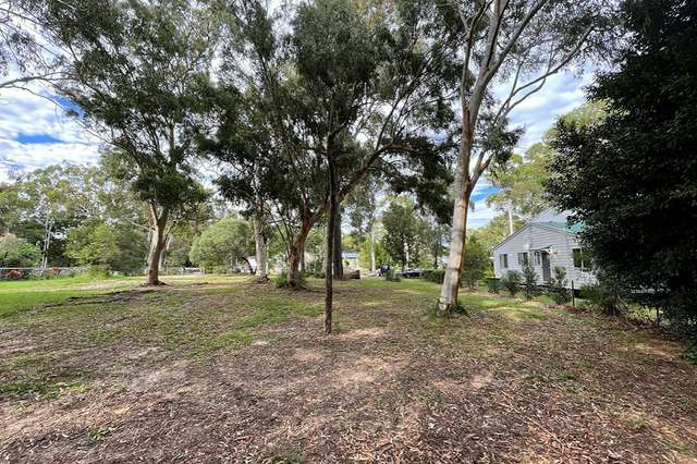 11 Baracoota Street, Macleay Island QLD 4184