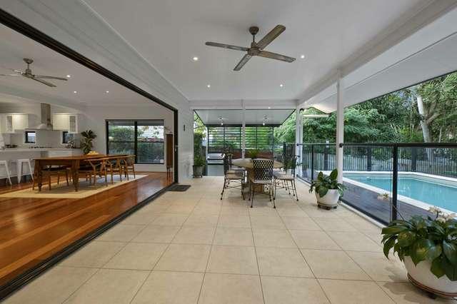 8 Brisbane Corso, Fairfield QLD 4103