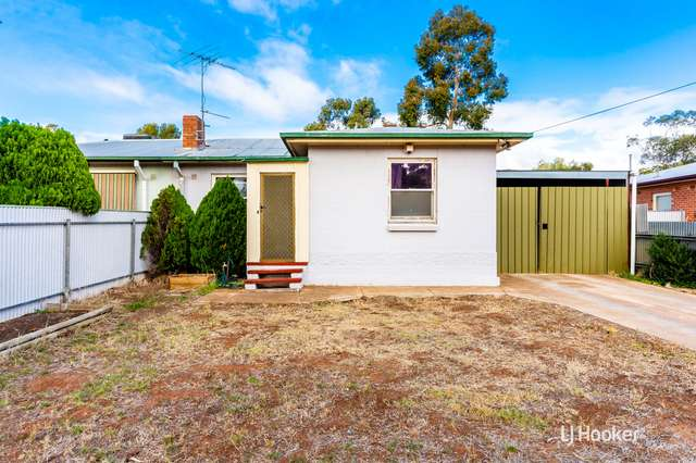 30 Stakes Crescent, Elizabeth Downs SA 5113