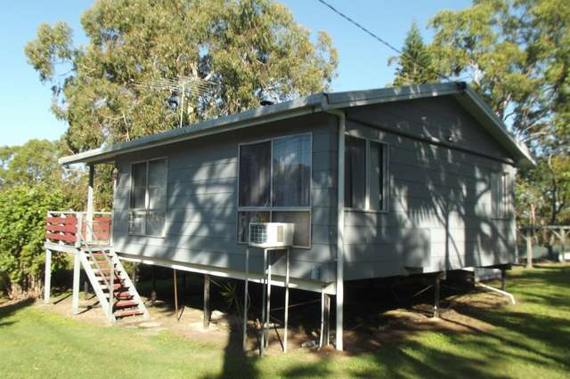30 Barramundi Street, Macleay Island QLD 4184