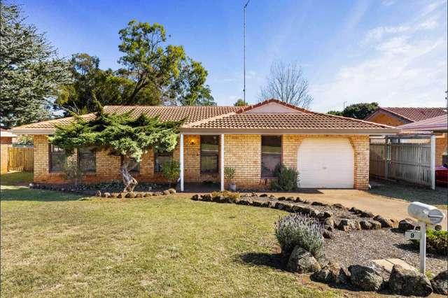 9 Ansett Court, Wilsonton QLD 4350