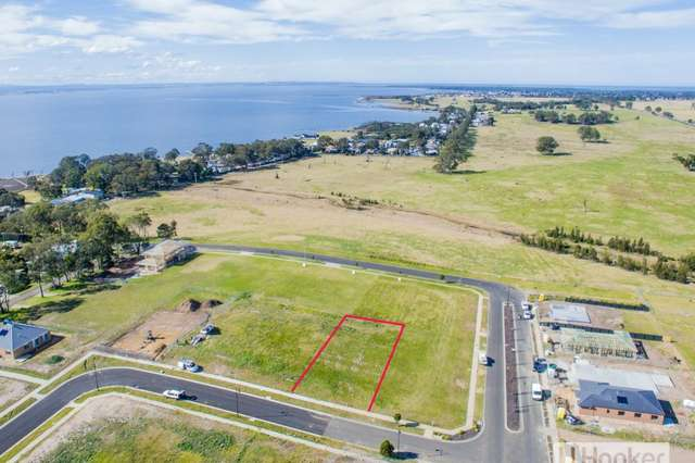 49 Houghton Crescent, Eagle Point VIC 3878
