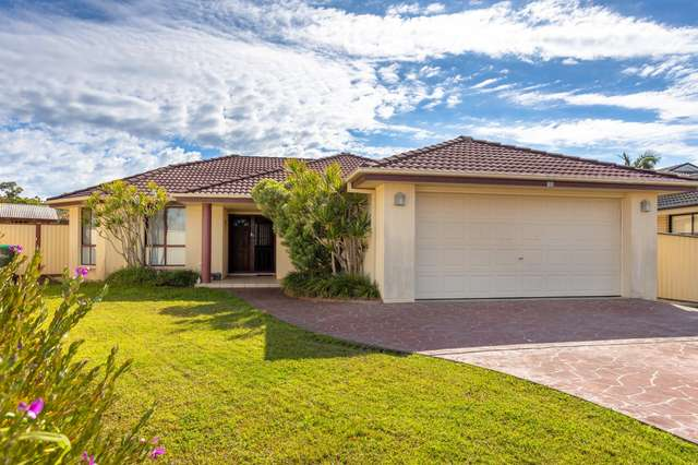 17 Rosier Place, Old Bar NSW 2430