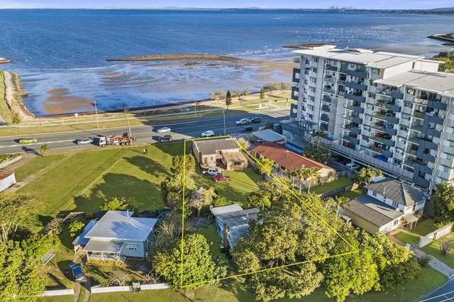 90 Hornibrook Esplanade, Clontarf QLD 4019