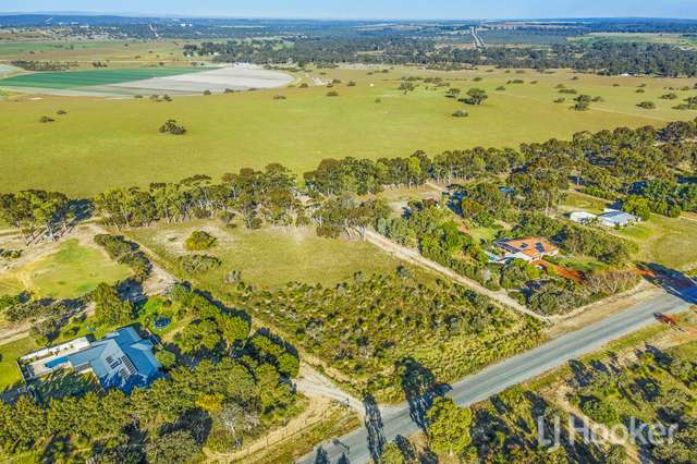 20 Sovereign Hill Drive