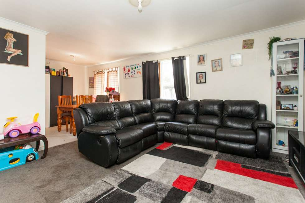 Second view of Homely house listing, 20 Davies Close, Weston NSW 2326