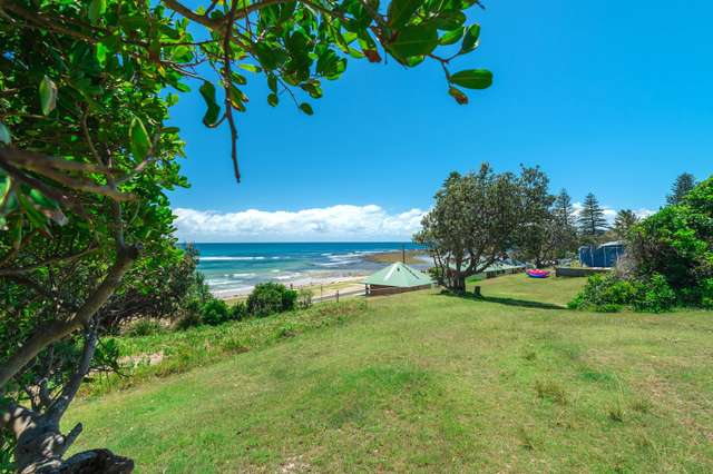 65 Ocean Road, Brooms Head NSW 2463