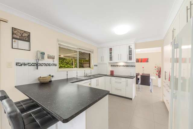 47 Berkley Place, Carindale QLD 4152