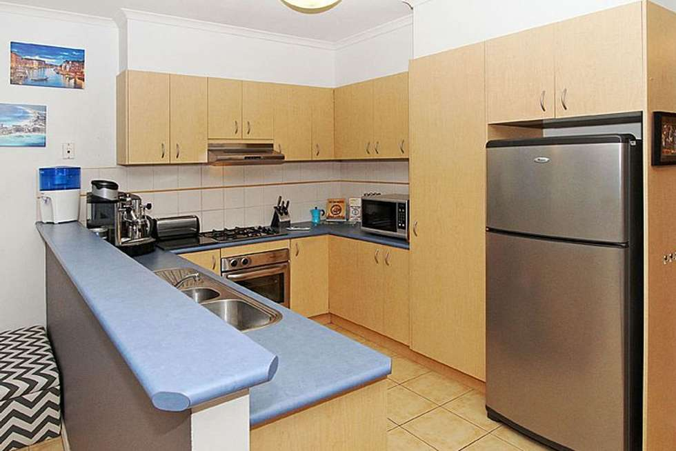 Fifth view of Homely house listing, 8 Xavier Way, South Morang VIC 3752