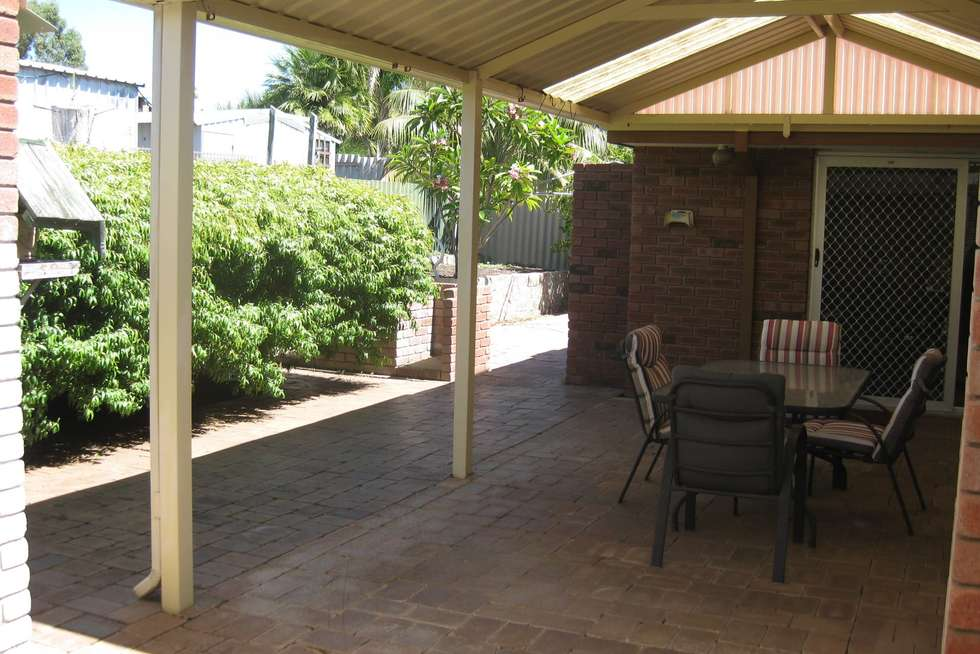 Second view of Homely house listing, 6 Keedes Court, Parmelia WA 6167