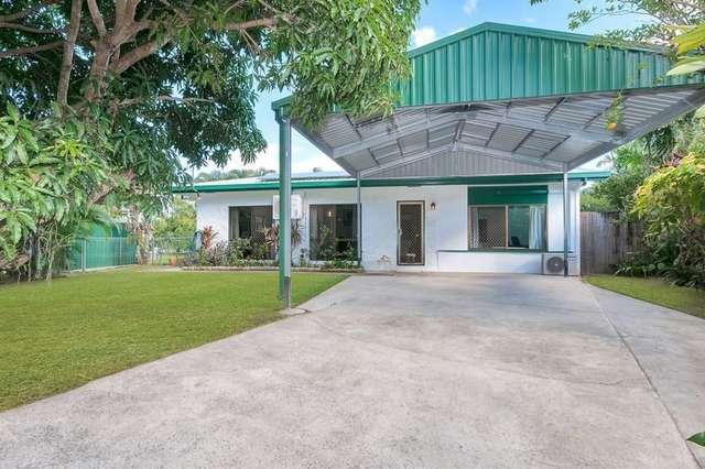 11 Walnut Close, Manoora QLD 4870