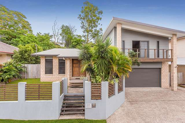 18 Hill Park Lane, Mount Gravatt East QLD 4122