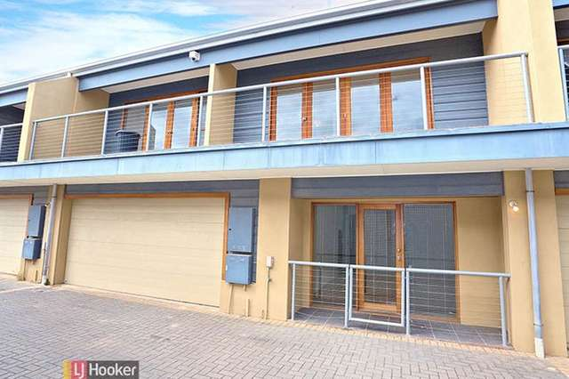 2/11 Timpson St, Port Adelaide SA 5015