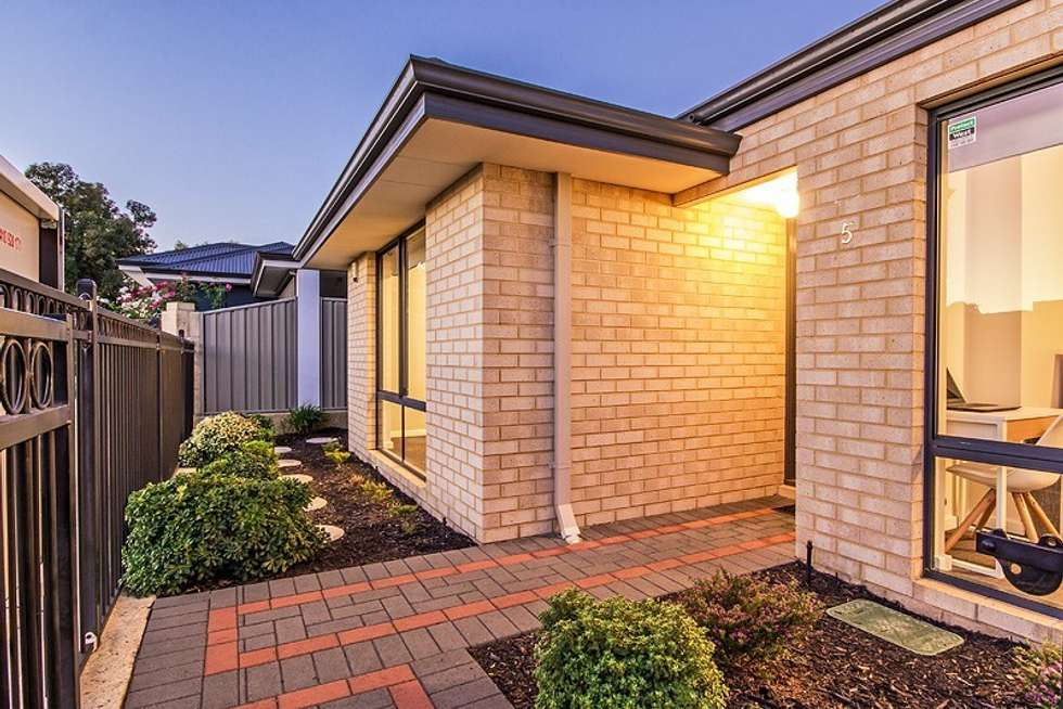 Fifth view of Homely house listing, 5 Maldon Link, Wellard WA 6170