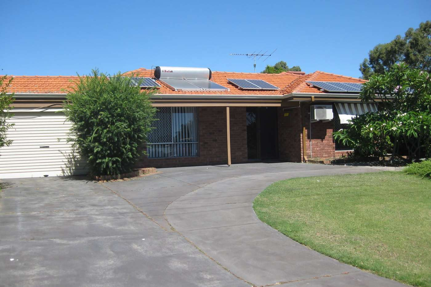 Main view of Homely house listing, 6 Keedes Court, Parmelia WA 6167