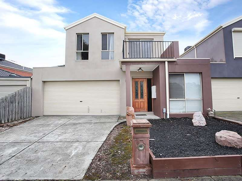 Main view of Homely house listing, 8 Ratcliffe Way, Lynbrook, VIC 3975