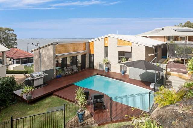 136 Fishing Point Road, Fishing Point NSW 2283