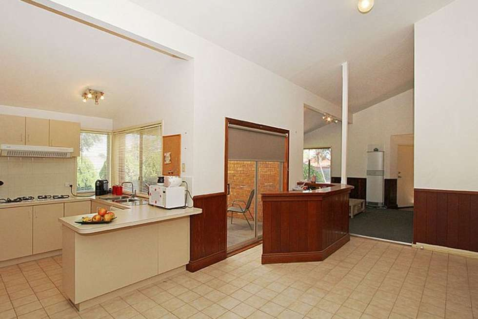 Fifth view of Homely house listing, 6 Small Court, Mill Park VIC 3082