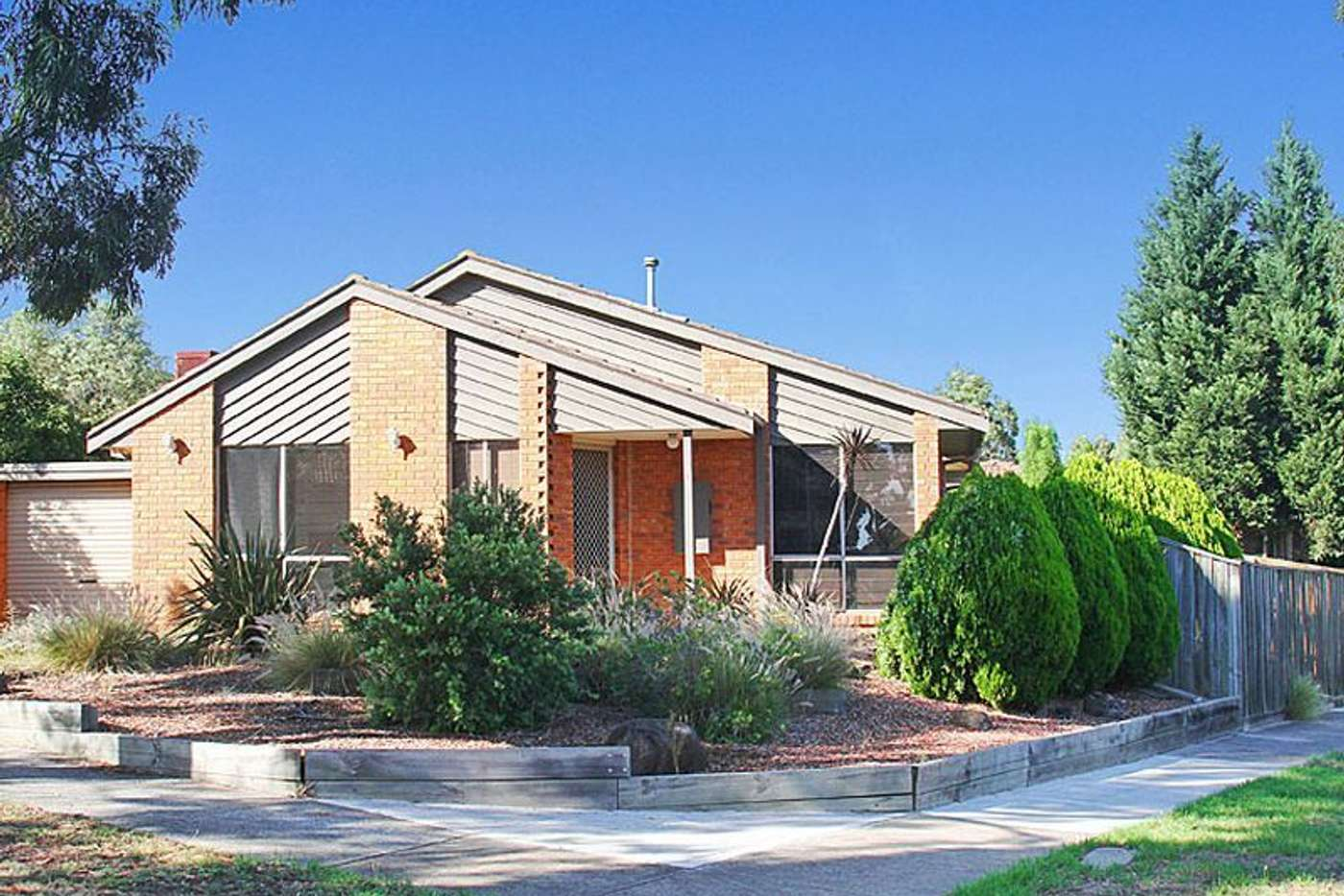 Main view of Homely house listing, 6 Small Court, Mill Park VIC 3082