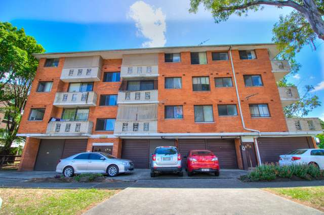 6/32 Remembrance Avenue, Warwick Farm NSW 2170