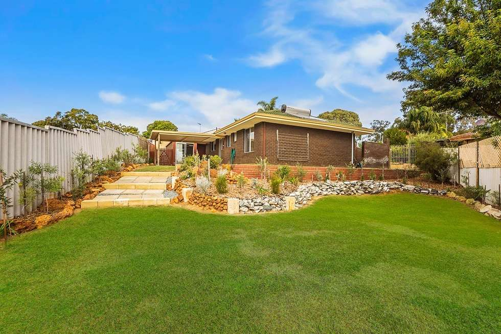 Second view of Homely house listing, 9 Maddox Place, Parmelia WA 6167