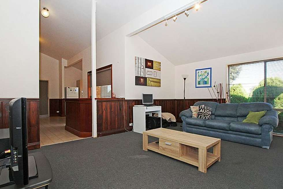 Second view of Homely house listing, 6 Small Court, Mill Park VIC 3082