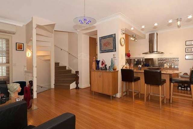Unit 2/16 Sexton Street, Petrie Terrace QLD 4000
