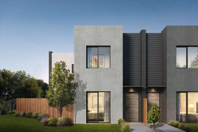 113 Waterhaven Boulevard, Point Cook VIC 3030