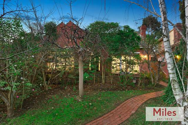 43 Thoresby Grove, Ivanhoe VIC 3079