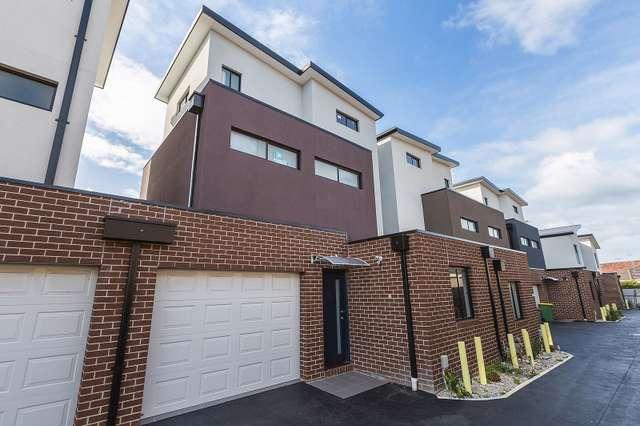 2/357 Geelong Road, Kingsville VIC 3012