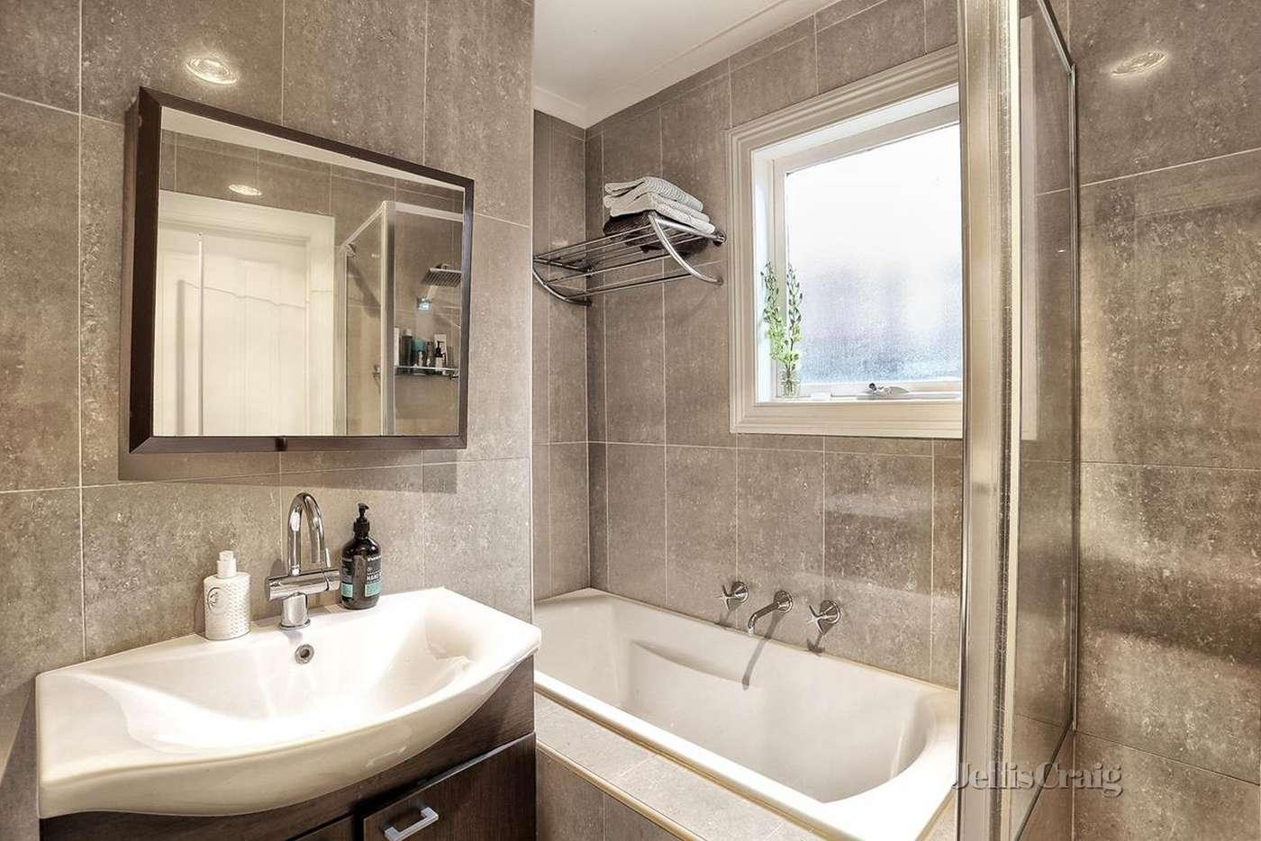 13 Davies Street Brunswick VIC 3056 For Rent