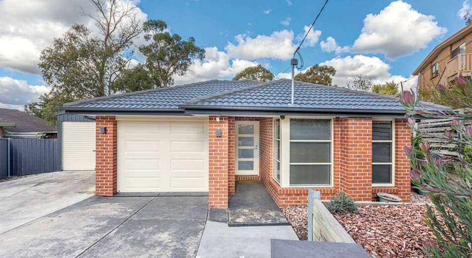 3 Geoffrey Grove, Mount Clear VIC 3350